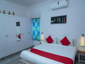 OYO 13224 Home Modern Stay Ambamata Scheme, Ferienwohnungen  Udaipur - big - 13