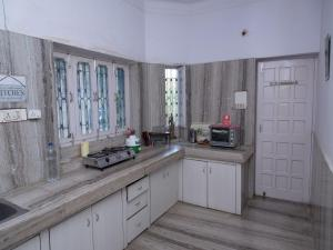 OYO 13224 Home Modern Stay Ambamata Scheme, Ferienwohnungen  Udaipur - big - 15