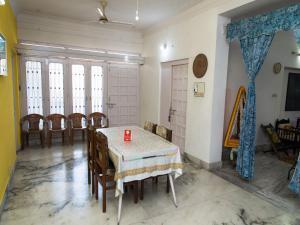 OYO 13224 Home Modern Stay Ambamata Scheme, Ferienwohnungen  Udaipur - big - 17