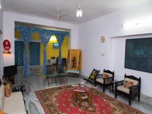 OYO 13224 Home Modern Stay Ambamata Scheme, Ferienwohnungen  Udaipur - big - 18