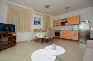 Apartmani Trogir, Апартаменты  Трогир - big - 15