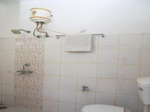 OYO 13225 Home Cozy Stay Bhupalpura, Apartmanok  Udaipur - big - 18