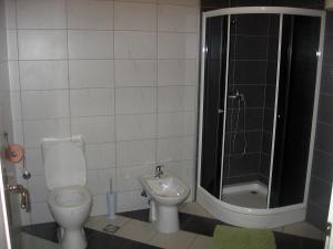 Guest Accommodation Zak, Affittacamere  Novi Sad - big - 2