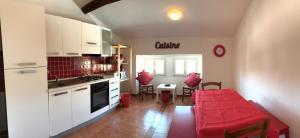 Ficurinia Guest House - AbcAlberghi.com