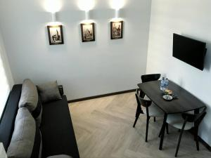 LEONIX Cappuccino Apartment on Zamarstynivska Street, Ferienwohnungen  Lemberg - big - 1