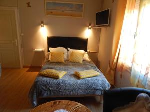 Les Coquillettes, Bed and breakfasts  Honfleur - big - 110