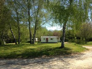 camping detentes aux cabanes