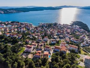 Villa Nora, Villen  Trogir - big - 34