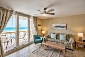 One-Bedroom Apartment with Sea View - 302