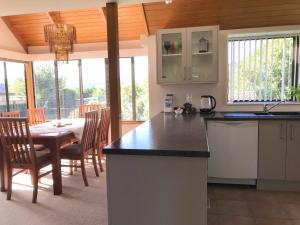 Bay Vista Waterfront Motel, Motels  Picton - big - 52