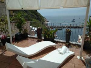 Villa Pizzi Corricella - AbcAlberghi.com