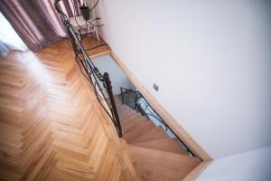 Backyard Apartment in Charming City Center, Ferienwohnungen  Tbilisi City - big - 12