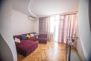 Backyard Apartment in Charming City Center, Apartments  Tbilisi City - big - 2