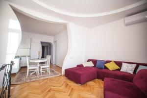 Backyard Apartment in Charming City Center, Apartments  Tbilisi City - big - 3