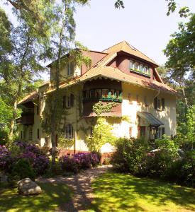 Haus Hubertus, Apartmanok  Boltenhagen - big - 48