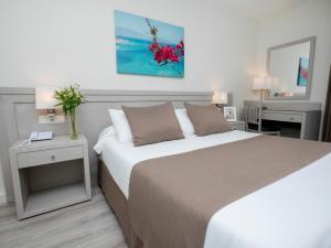 Hotel Helios - Almuñecar, Hotely  Almuñécar - big - 18