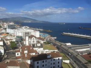 Apartamentos Solmar 15º, Apartmanok  Ponta Delgada - big - 5