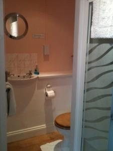 Molyneux Guesthouse, Bed & Breakfast  Weymouth - big - 9