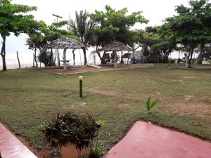 Sea View Beach Hotel, Hotely  Nilaveli - big - 1