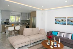 Ambelones Apartments, Апартаменты  Писсури - big - 32