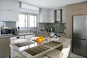 Ambelones Apartments, Апартаменты  Писсури - big - 31