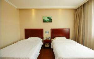GreenTree Inn Hainan Haikou Guomao Business Hotel, Hotel  Haikou - big - 17
