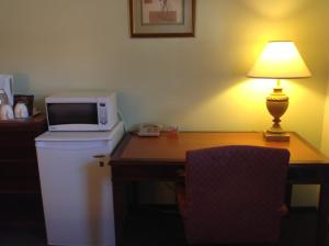 Executive Suite with Kitchenette