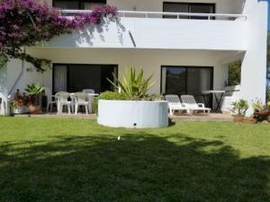 Vvclake, Apartments  Almancil - big - 25