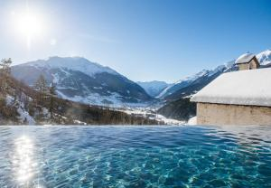 QC Terme Hotel Bagni Vecchi, Bormio, Italy | J2Ski