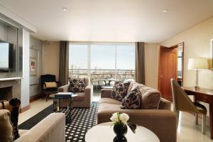 Abingdon & Kensington Penthouse Suite