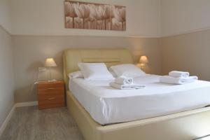 Suite Home Sagrada Familia, Apartmanok  Barcelona - big - 43