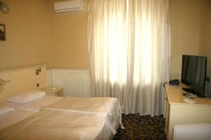 Prestige Hotel, Hotel  Krasnodar - big - 30