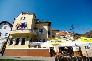 Hotel Conacul Salonti, Отели  Sebeş - big - 77