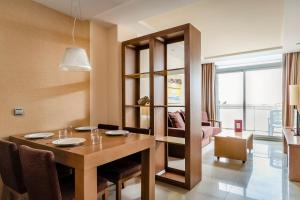 Exe Cunit Suites & Spa