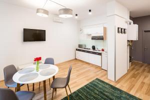 Apart Hotel Code 10, Residence  Leopoli - big - 28