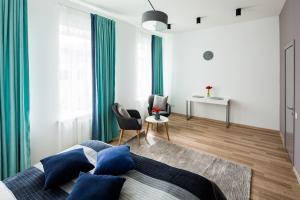 Apart Hotel Code 10, Apartmanhotelek  Lviv - big - 1