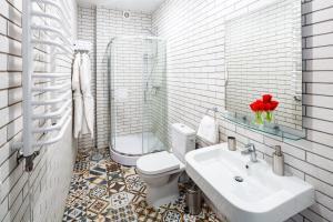 Apart Hotel Code 10, Apartmanhotelek  Lviv - big - 32