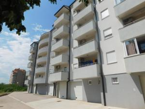 Stan, Apartmány  Trebinje - big - 1