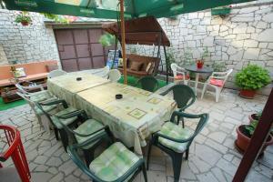 Guesthouse Adi, Penziony  Mostar - big - 54