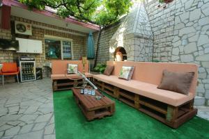 Guesthouse Adi, Penziony  Mostar - big - 51