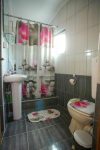 Guesthouse Adi, Penziony  Mostar - big - 58