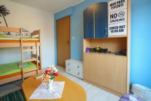 Guesthouse Adi, Penziony  Mostar - big - 3
