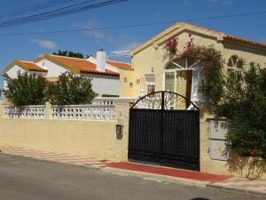 Casa Mira La Vega La Marina, Dovolenkové domy  La Marina - big - 6