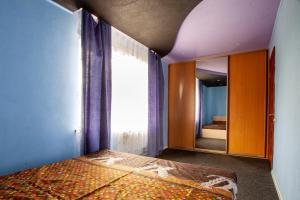 City Apartment Efremova 141