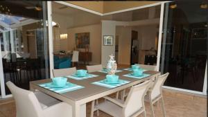 Alicia 1014 - SE Cape Coral Luxury, Dovolenkové domy  Cape Coral - big - 2