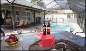 Cabana Del Sol - SW Cape Coral, Holiday homes  Cape Coral - big - 3