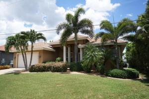 Alicia 1014 - SE Cape Coral Luxury, Dovolenkové domy  Cape Coral - big - 4