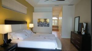 Alicia 1014 - SE Cape Coral Luxury, Dovolenkové domy  Cape Coral - big - 11