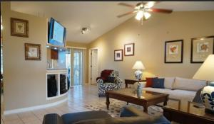 Cabana Del Sol - SW Cape Coral, Holiday homes  Cape Coral - big - 8