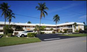 Cape Palms - 2bd/1bath Condo, Holiday homes  Cape Coral - big - 6
